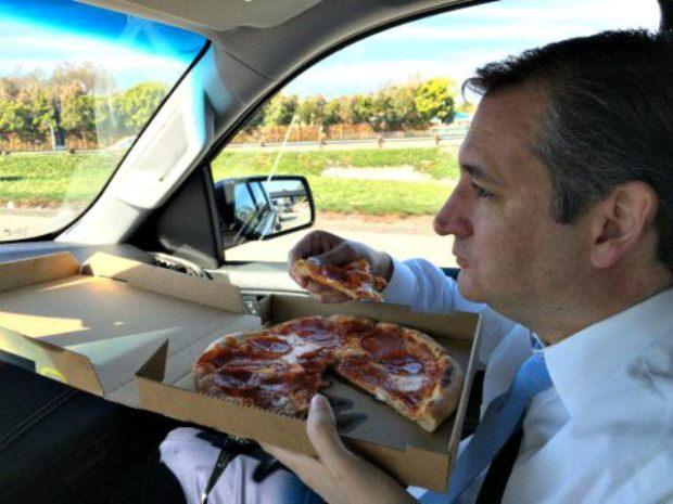ted-cruz-eats-pizza-twitter-teensforted-640x480