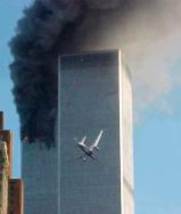 united-airline-flight-175-nears-world-trade-center