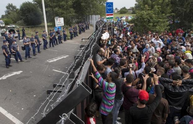 closed hungary border