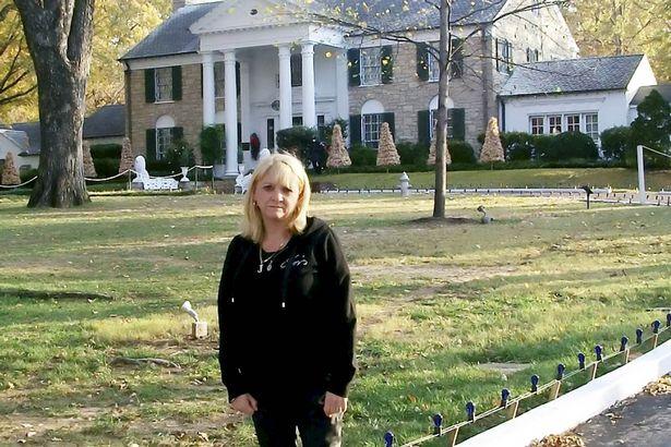 Jackie Abbott at Graceland.jpg