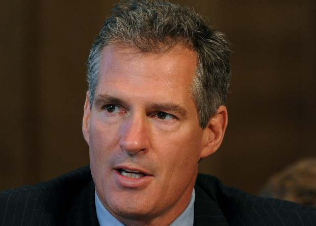 Ex-Senator Scott Brown vs Andrea Tanteros1