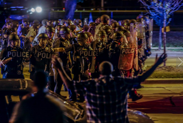protestors and police in Milwaukee1