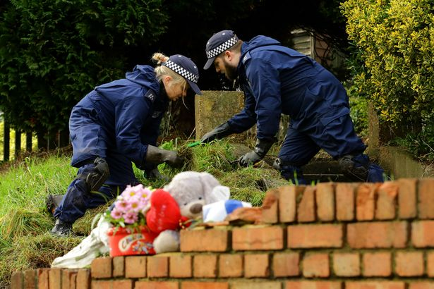 sian-blake-home-in-kent-uk-where-police-found-the-three-bodies2