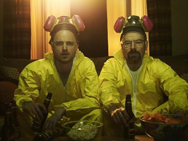 """Breaking Bad"" characters Jesse Pinkman and Walter White use acid to hide a dead body1.jpg"