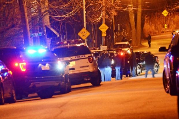 Police avtivity at the Staten Island shootout1.jpg