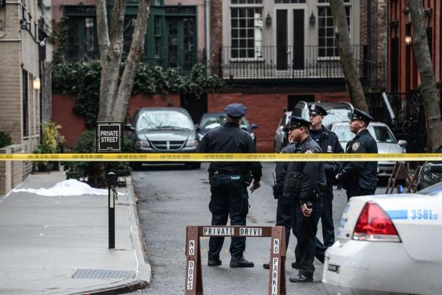 police-taped-off-the-scene-margaret-fagenson-jumped-to-her-death-from-an-upper-east-side-high-rise