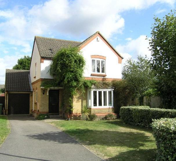 home-in-weybridge-was-maria-mills-first-investment-property
