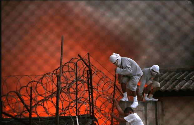 Guatemala juvenile prison riots9.png