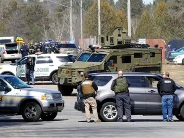 police activity at Wis. shooting spree1