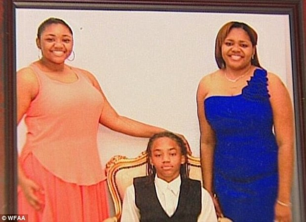 Toya Smith, 43, [right] and her daughter Tasmin Allen, 17, [left] and Smith's 14-year-old son Storm [center] .jpg