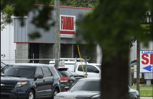 Crime scene - the FIAMMA RV shop in Orlando, Fla 6 people were killed in a shooting on June 5, 2017.png