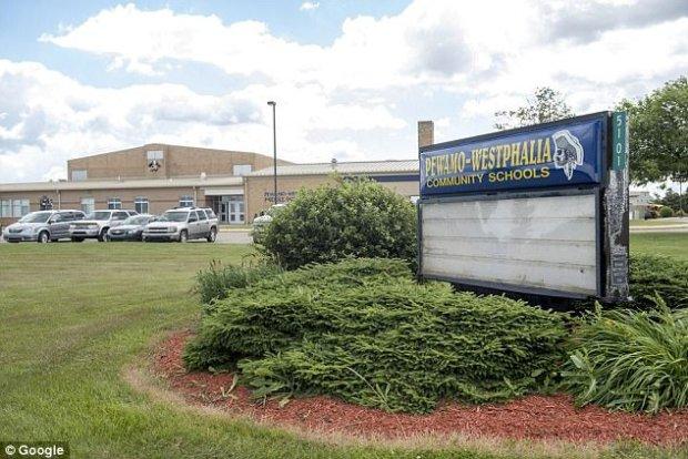 Pewamo-Westphalia Elementary School1.jpg