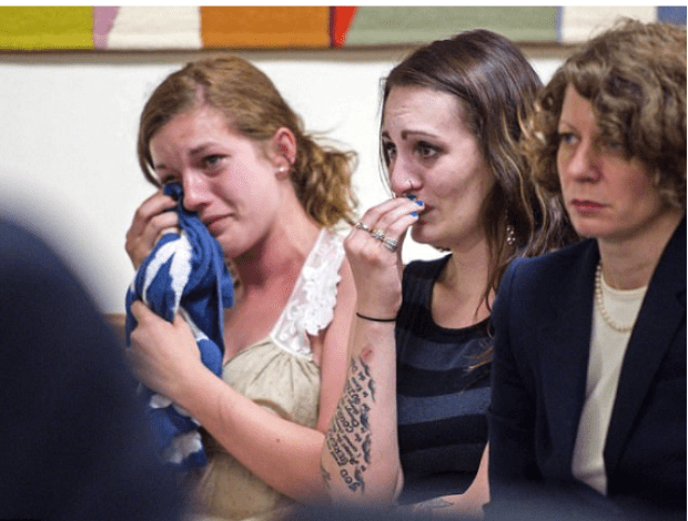 Jody Herring victim's relatives sob in court .png