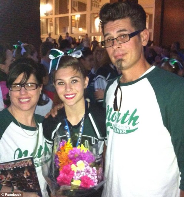 Kailee, [center], with her parents Ronnie and Karen McMullen2.jpg