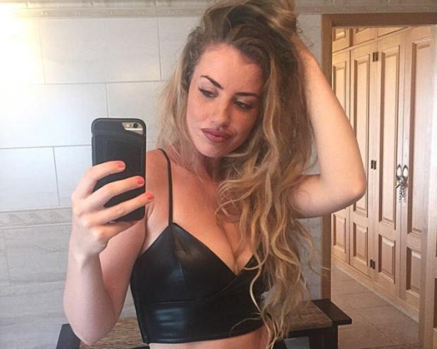 Chloe Ayling 7