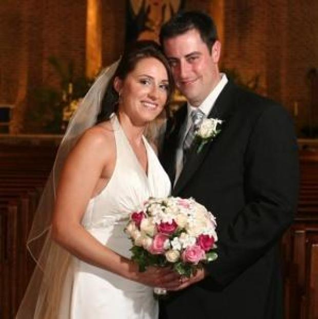 Erin Sayar, in her 2007 wedding picture with groom Jimmy Lathrop 1.jpg