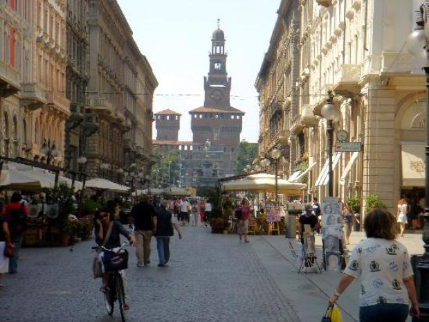 Shopping in Milan2.jpg