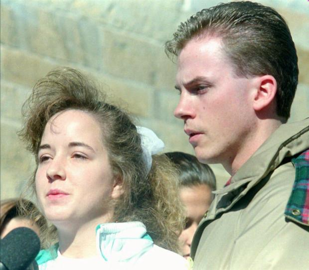 Susan Smith appears with her husband, David, pleadingfor the safe return of their sons a week after she drowned them in 1994.jpg