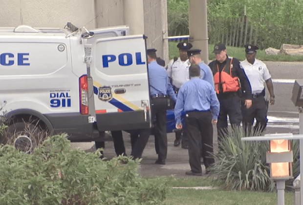 Police recover Phil Reitnour's body.png