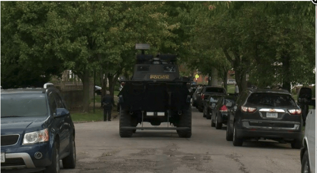 Tommie Griffin III's home sorrounded by SWAT.png