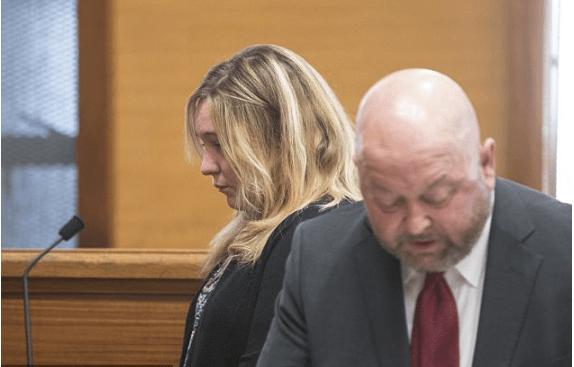 Alli Bibaud in court 1.png