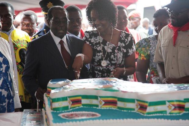 Robert Mugabe 92nd birthday 4.jpg