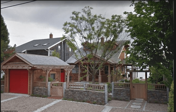 Lisa Cadden, andBarry Cadden's $600,000 beachfront home.png