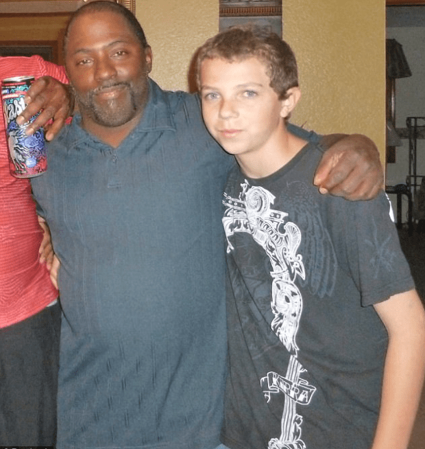 Nickolas Khalil Vinson [right] with stepdad  Oscar Lemar Owensby 2.png