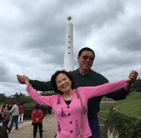 Bao and Jenny Lam 1.png