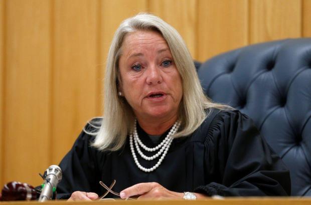 Janice Cunningham at senentencing og Larry Nassar