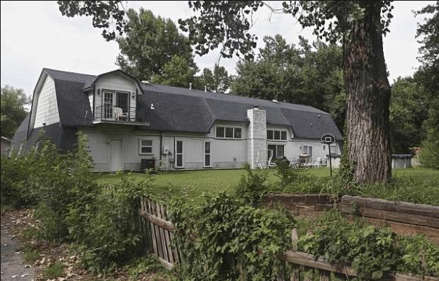 Bever family's home in Broken Arrow, Oklahoma, near Tulsa, Okla.png