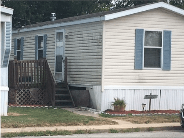 John D Miller's mobile home in Grabill, Ind 1.png