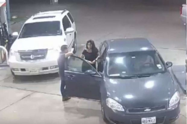 4 women offer man at club a free ride only to set him up for a violent gas station 13
