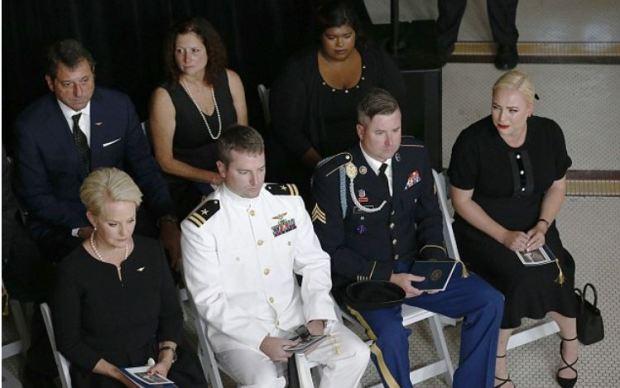 Cindy McCain, Jack McCain, Jimmy McCain, Meghan McCain 1.JPG