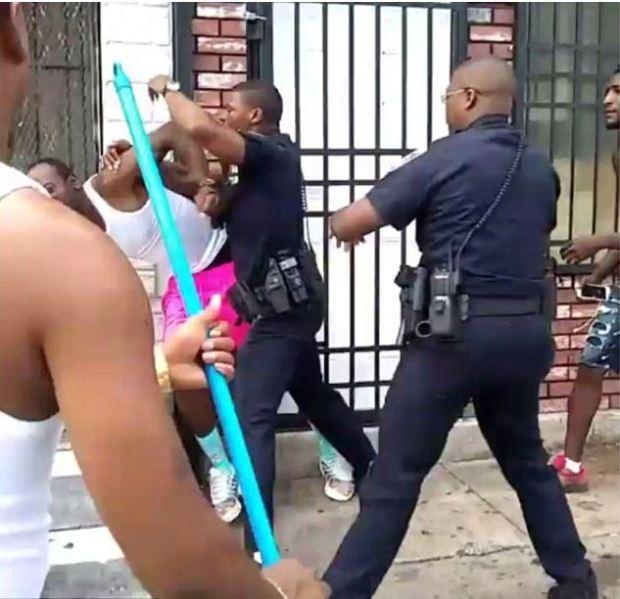 Dashawn McGrier is beaten up by Baltimore cop 4