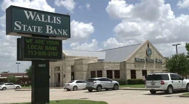 Wallis bank, Texas.JPG