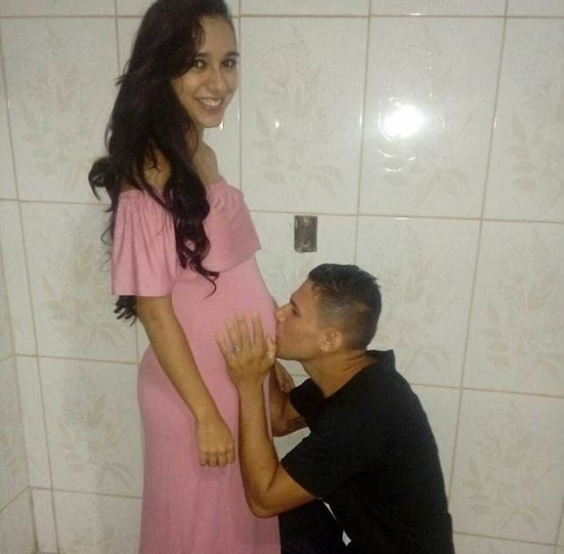 Jennifer and Maycon Salustiano Silva 4