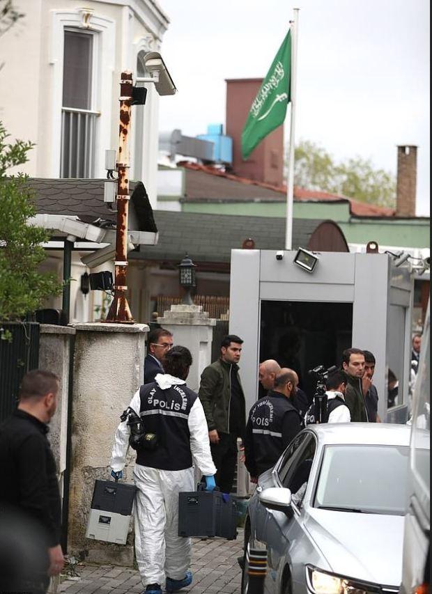 Turkish CSI investigate the residence of Saudi Arabia's Consul General Mohammad al-Otaibi in Istanbul 2