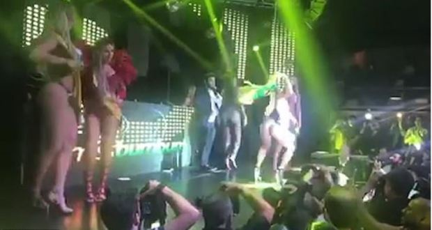 Chaos on stage at Miss Bumbum contest 1.JPG