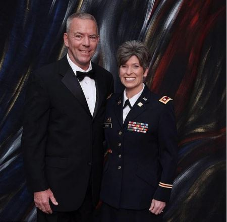 Senator Joni Ernst [right] and her husband Gail Ernst [left] 1