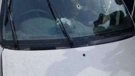 Bullet marked windshield after Pakistan cops shoot point blank at family inside a car 3
