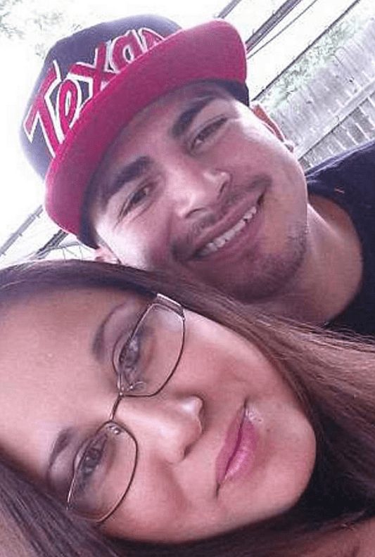 Jose Luis Menchaca [right] and his girlfriend 1