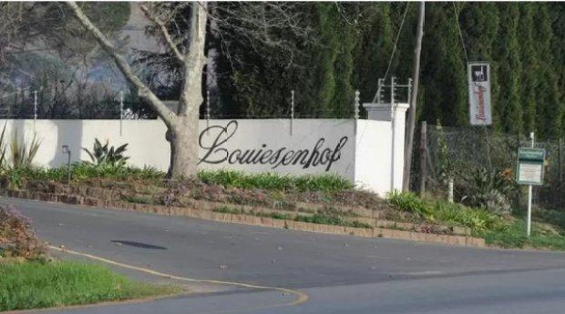 Stefan Smit owns Louisenhof Wine Estate 2