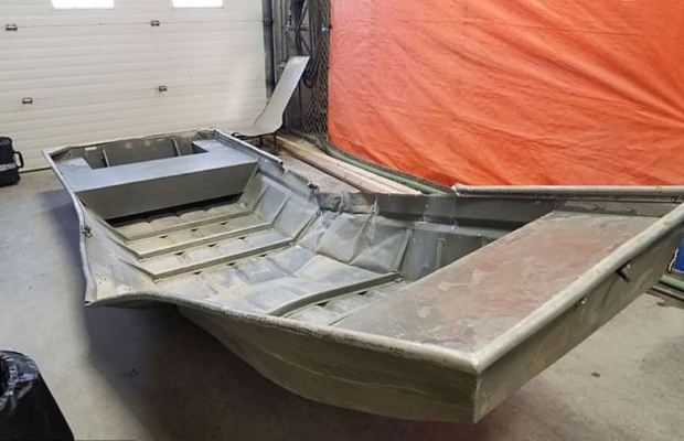 Officers came across this rowboat on the banks of the Nelson River on Saturday 1.JPG