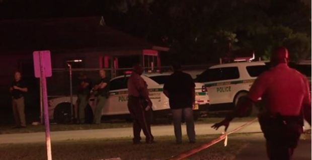 Police on the scene after Eddie Harris killed his wife Shanica Harris 1.JPG