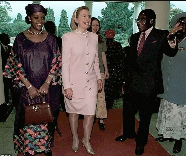 Robert and Grace Mugabe with Hillary Clinton 1