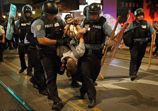 Violent protests in St. Louis over Jason Stockley acquittal in 2017 2