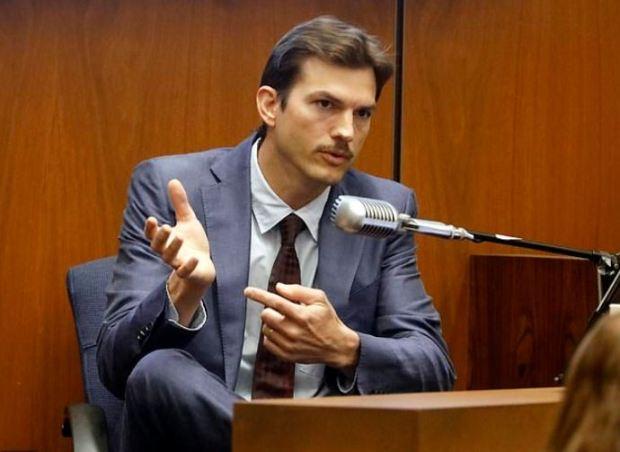 Ashton Kutcher 1.JPG