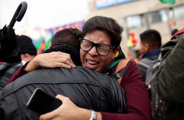Bolivians celebrate ouster of Evo Morales on the streets of La Paz 2