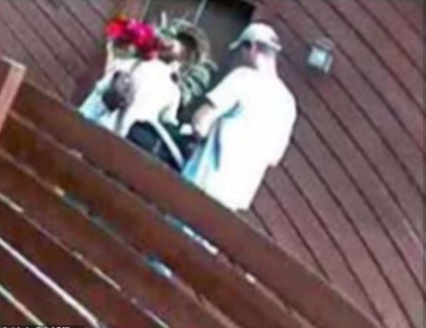 Kelsey Berreth walking into her home with her daughter Kaylee and fiance, Patrick Frazee 1.JPG